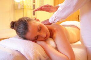 Travel Massage Therapist Job